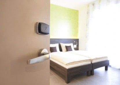 eee Hotel