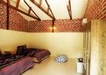 Pesan Kamar Deluxe Family Chalet di EFM Guest House