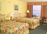 Pesan Kamar Dua Tempat Tidur Queen (oceanfront Efficiency) di El Caribe Resort & Conference Center