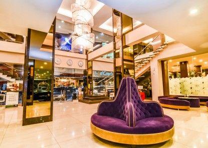 El Cavana Hotel Bandung Lobby