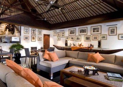 Elephant Safari Park Lodge Hotel Lounge