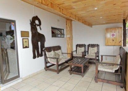 Elephant Lake Inn
