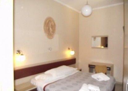 Elide Hotel