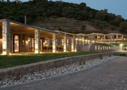 Elimnion Resort