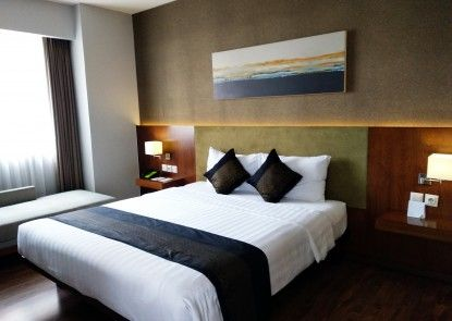 eL Royale Hotel Jakarta Kelapa Gading Kamar Tamu