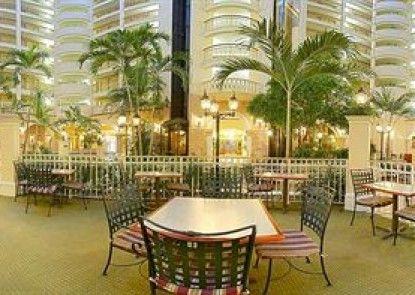 Embassy Suites by Hilton Orlando International Dr Conv Ctr