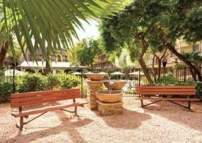 Embassy Suites by Hilton Phoenix Airport