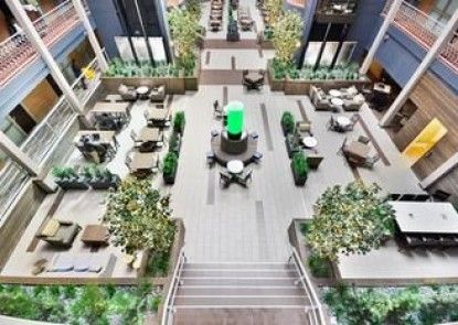 Embassy Suites Denver-Stapleton