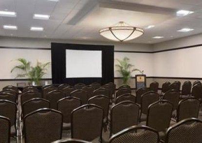 Embassy Suites Jacksonville Baymeadows