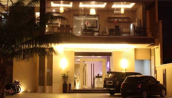 Emerald Hotel Surabaya, Surabaya