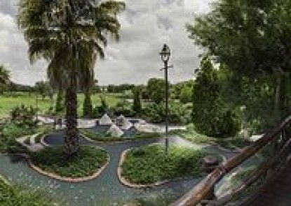 Emerald Resort & Casino