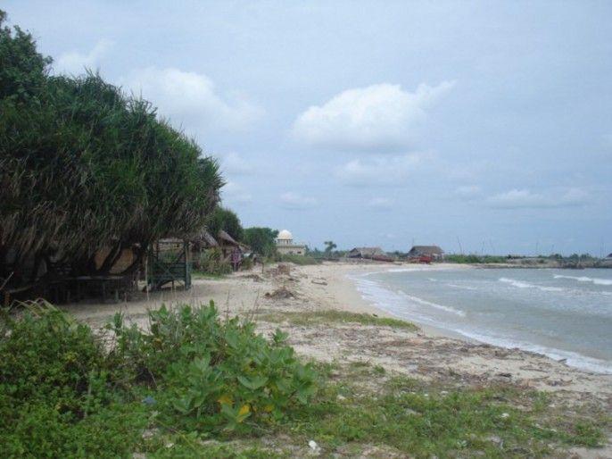 Pantai Empu Rencek