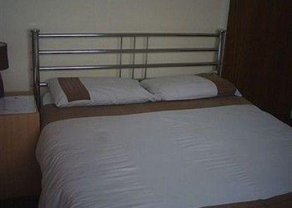 Endeavour Hotel