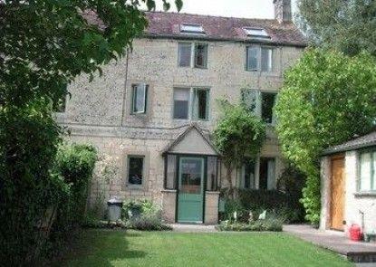 Ernies Cottage