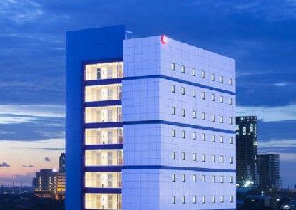 Amaris Hotel Hertasning Makassar Eksterior