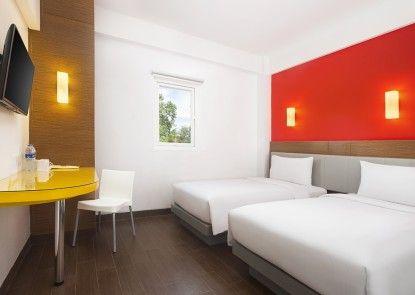 Hotel Amaris Kuta Bali Kamar Tamu