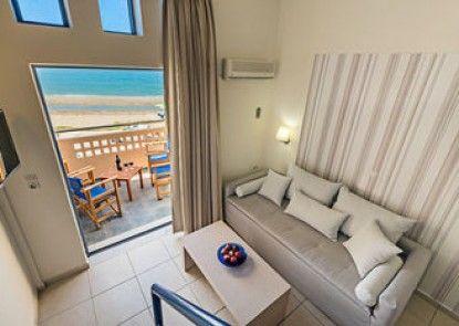 Esperia Beach Apartments & Suites
