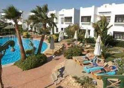 E Tours Apartments