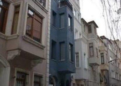 Euro Pera Apartment
