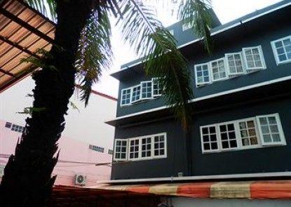 Evelyn Residence