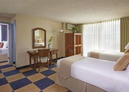 Ewa Hotel Waikiki Teras
