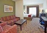 Pesan Kamar Kamar Eksekutif, 1 Tempat Tidur King, Non-smoking di Holiday Inn Express Hotel & Suites TOPEKA NORTH