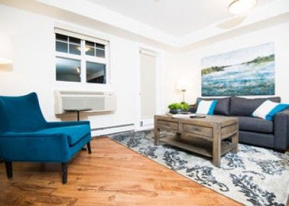 Executive Suites by Roseman - Auburn Bay