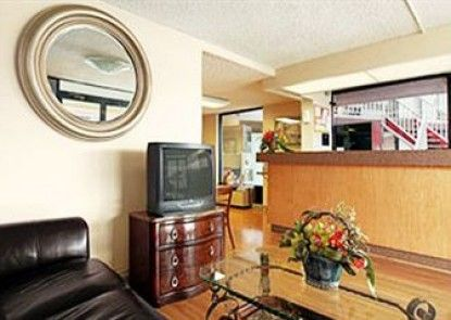 Express Inn & Suites Clearwater