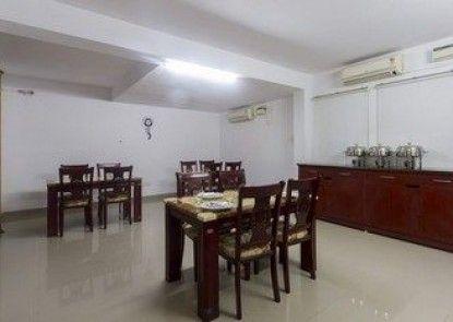 FabHotel Sudarshan Kalyani Nagar