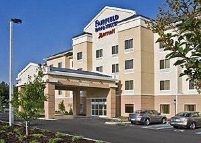 Fairfield Inn & Suites Lexington Berea Teras