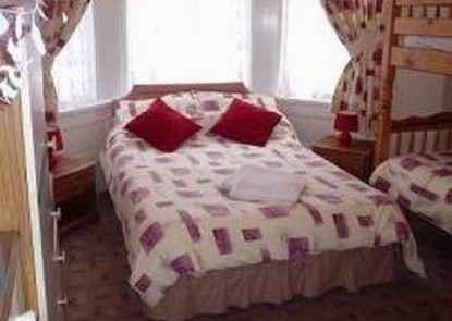 Falcon Hotel - Guest house Teras