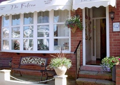 Falcon Hotel - Guest house