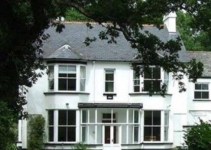Farmborough House