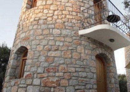 Fata Morgana Studios & Apartments