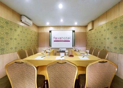 favehotel Kelapa Gading Ruangan Meeting