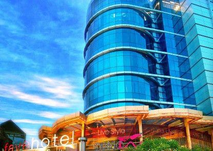 Favehotel MEX Surabaya Eksterior