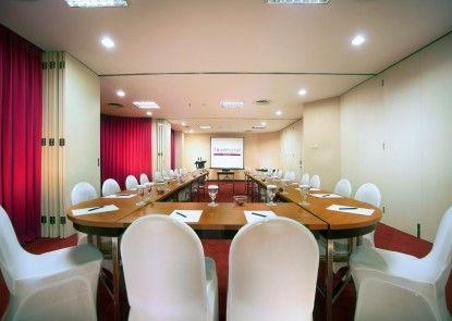 Favehotel MEX Surabaya Ruangan Meeting