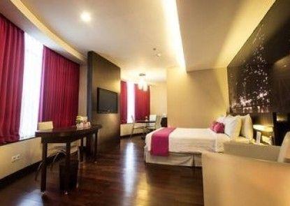 favehotel MEX Surabaya Teras