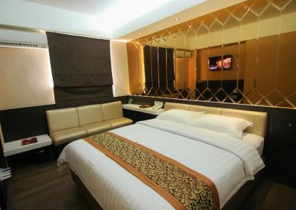 Favor Hotel Makassar Kamar Tamu