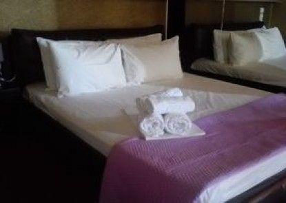 Feevos Hotel