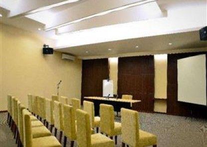 Feodora Hotel Grogol Ruang Pertemuan