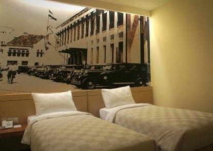 Feodora Hotel Grogol Kamar Tamu