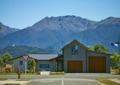 Fiordland B&B - Adults Only