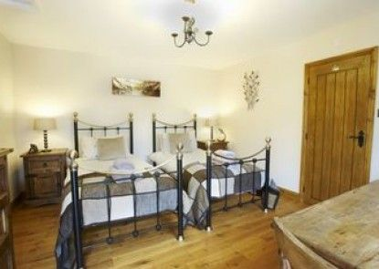 Firs Cottage Bed and Breakfast