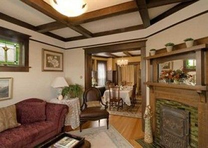 Fisher House Bed and Breakfast