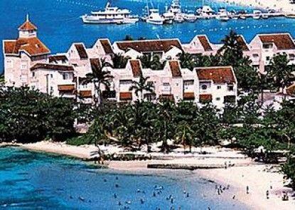 Fisherman\'s Point Resort