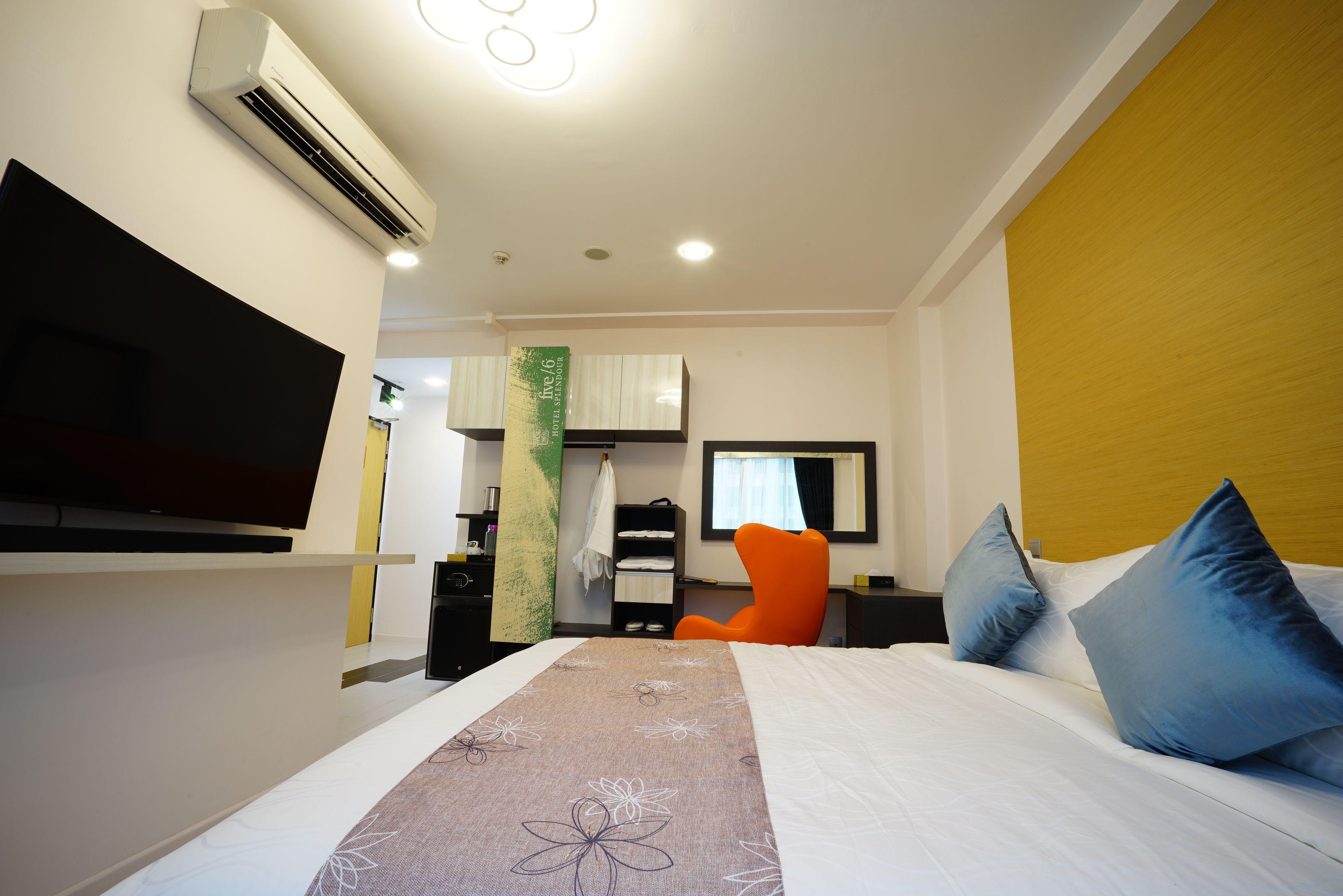 five/ 6 Hotel Splendour, Geylang