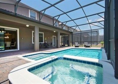 Five Star Vacation Homes