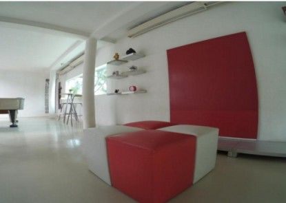 FLAT06. Minimalist Residence Lobby