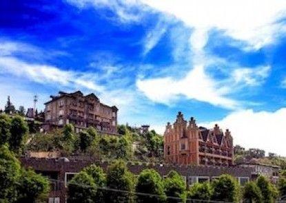 Florence Resort Villa - European Manor